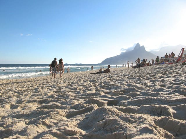 rio-ipanema-beach-photo