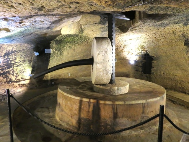 underground-olive-press-gallipoli-photo