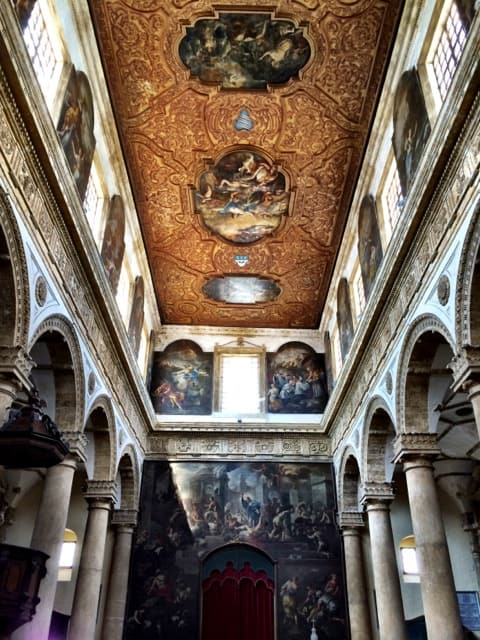 sant-agata-cathedral-gallipoli-interior-photo