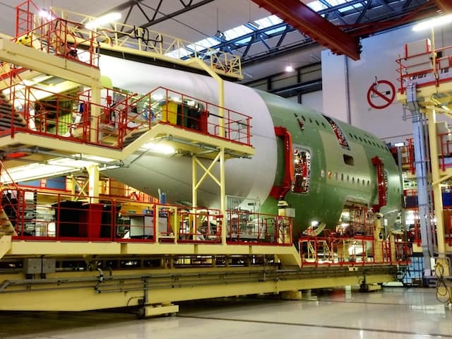 a380-rear-fuselage-assembly-photo