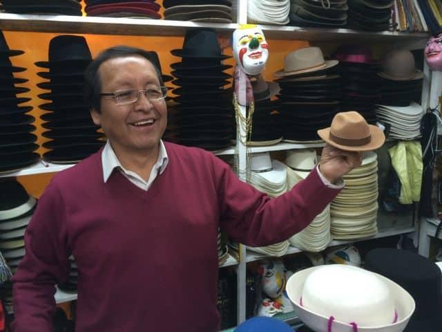hat-maker-quito-photo