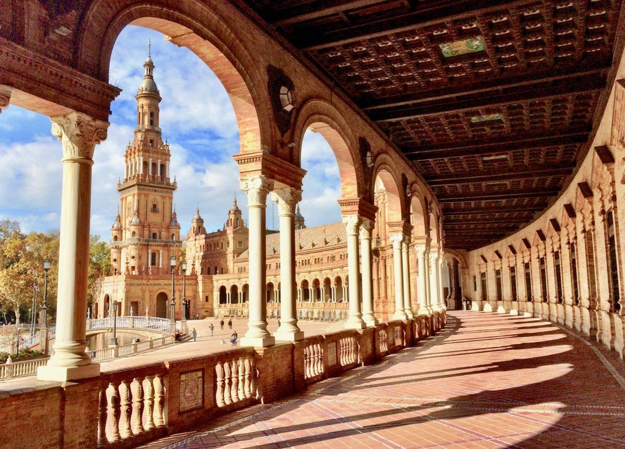 historic-architecture-sevilla-plaza-espana-photo
