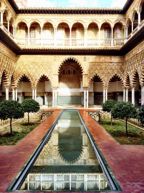 real-alcazar-sevilla-photo