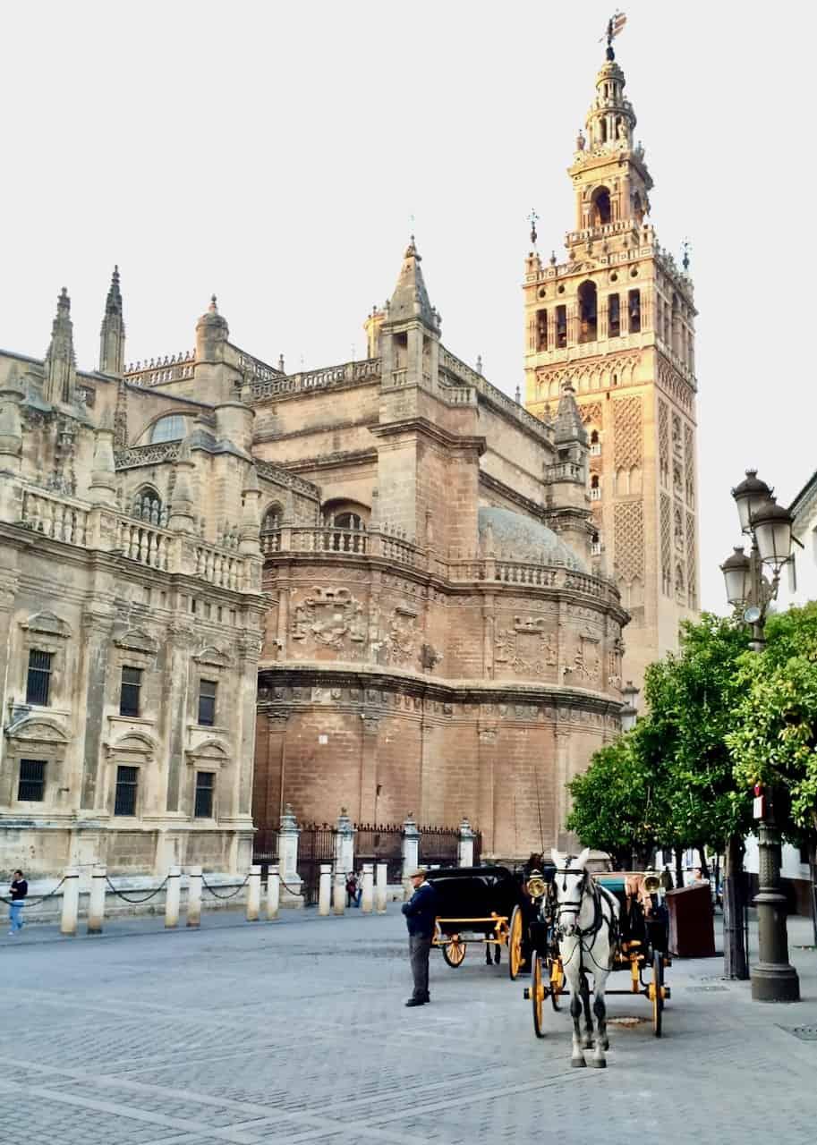 historic-architecture-sevilla-photo