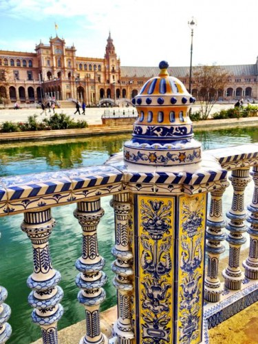 plaza-de-espana-tiles-photo
