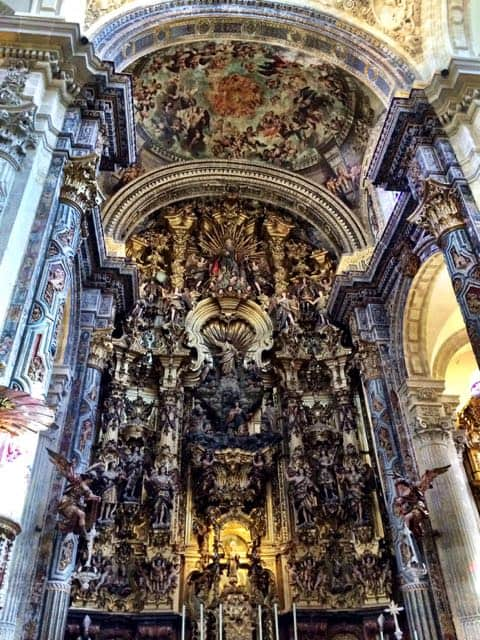 salvador-church-seville-interior-photo