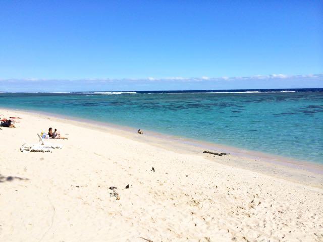 reunion-lagoon-beach-photo