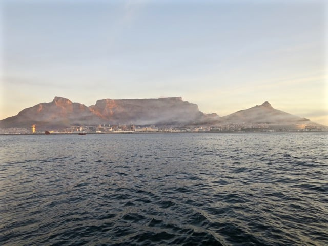 table-mountain-mist-sunset-photo
