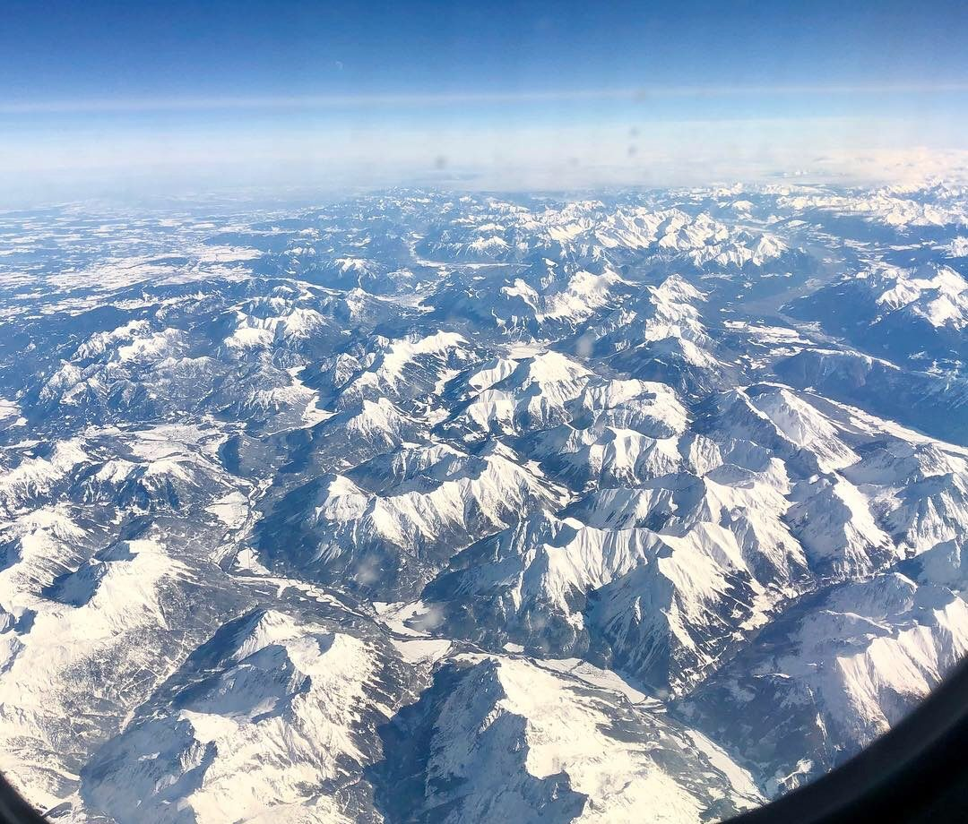 plane-view-tirol-alps