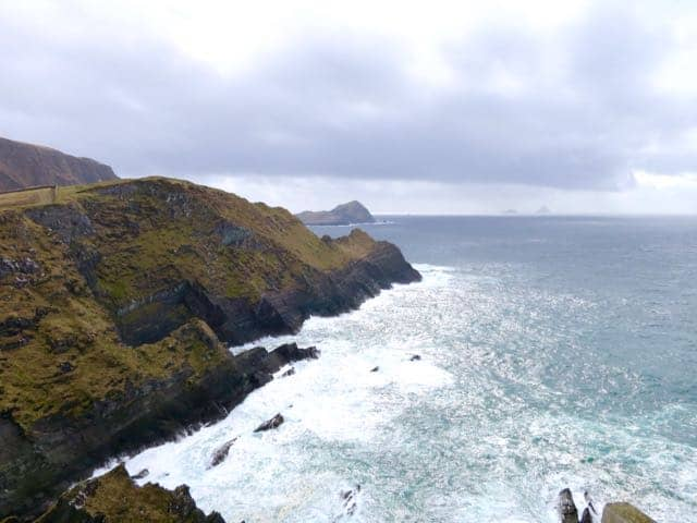kerry-cliffs-skellig-rocks-ireland-photo