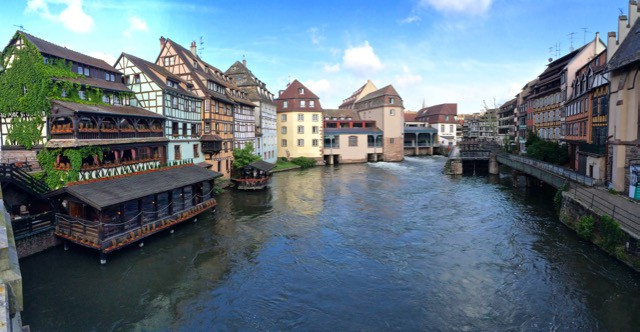 petit-france-strasbourg-france-photo