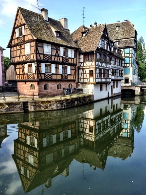 petit-france-strasbourg-houses-river-photo