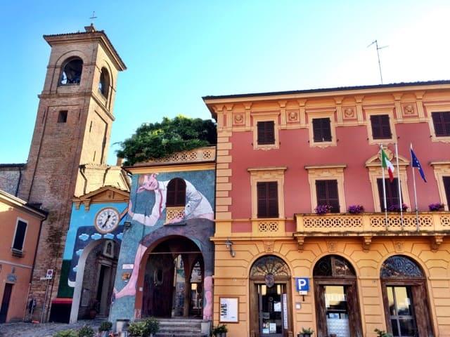 The murals of Dozza