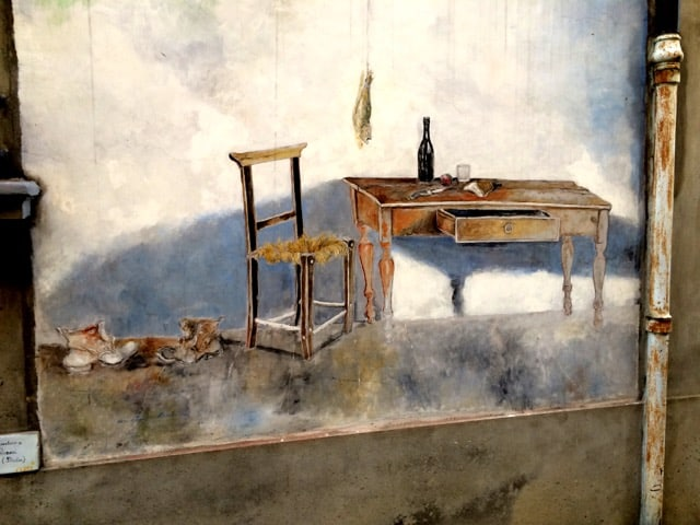 dozza-chair-table-mural-photo