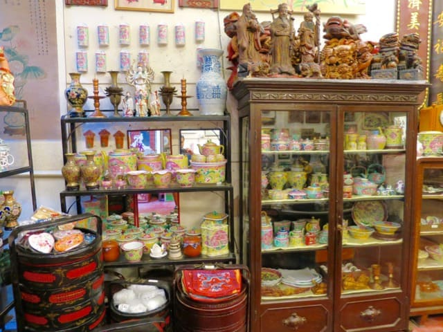 antiques-malacca-photo