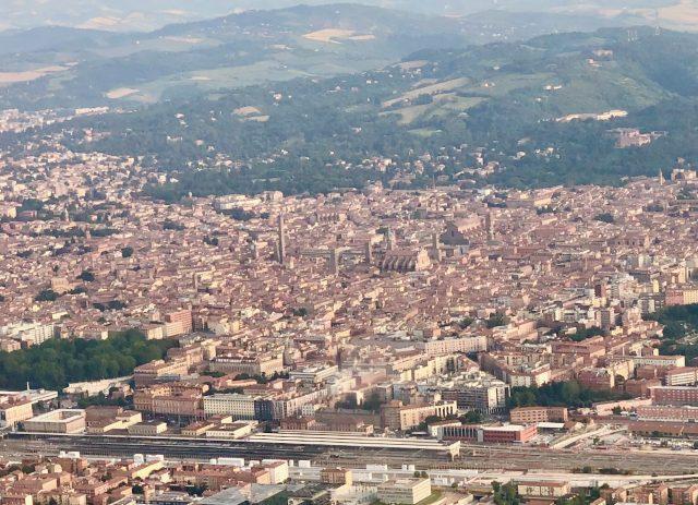 bologna-photo-plane-window-view