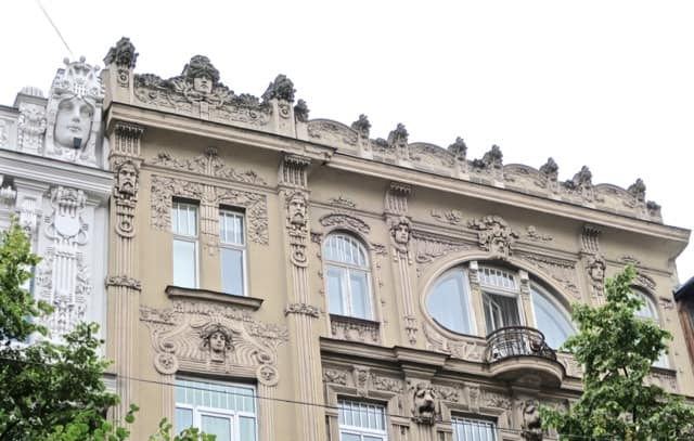 art-nouveau-architecture-riga-photo