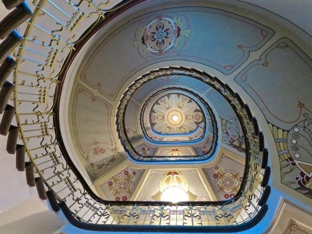spiral-staircase-art-nouveau-riga-photo