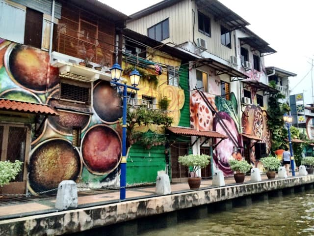 melaka-river-houses-photo