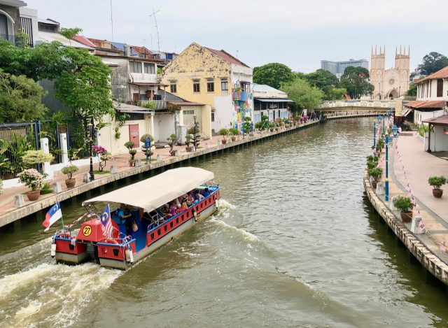 melaka-river-cruise-photo