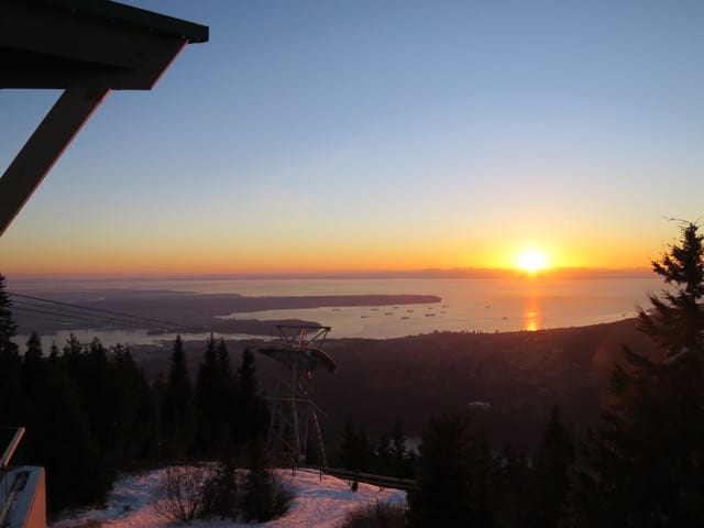 grouse-mountain-view-photo