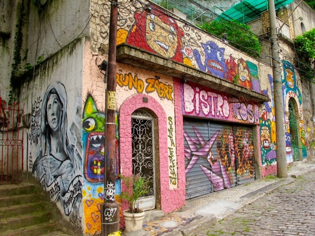 street-art-santa-teresa-rio-photo