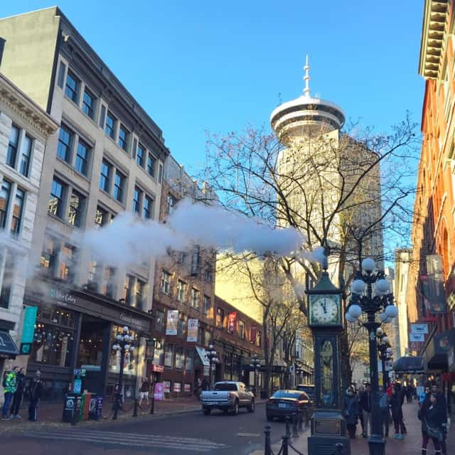 gas-town-vancouver-photo