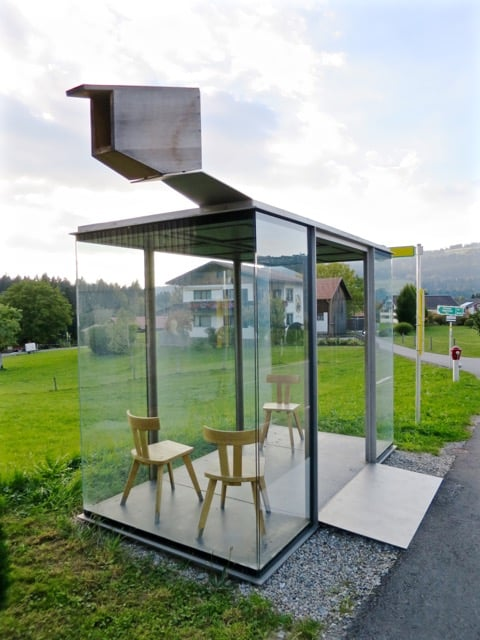 krumbach-bus-stop-glass-photo