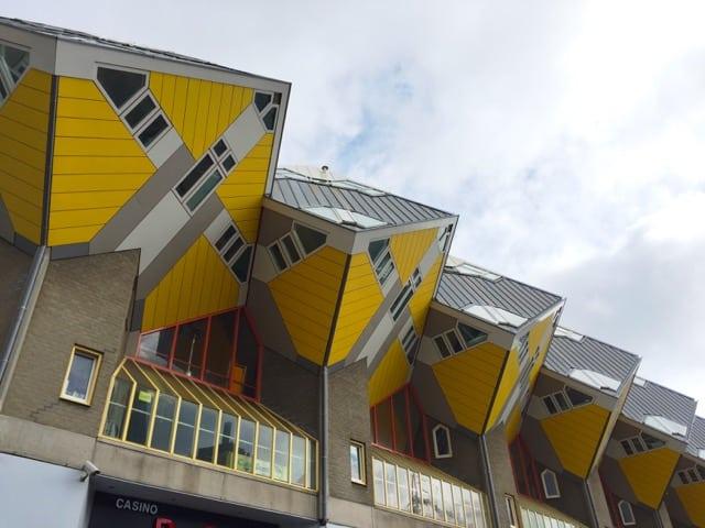 cube-houses-rotterdam-photo
