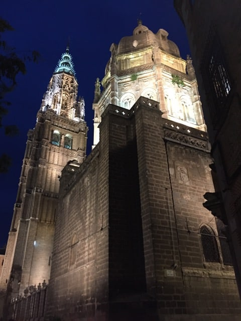 toledo-cathedral-night-photo