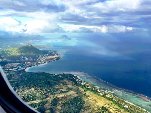 mauritius-plane-scenery-photo