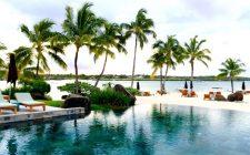 four-seasons-mauritius-infinity-pool-beach-photo