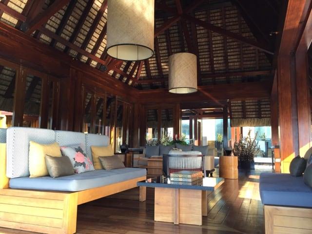 four-seasons-mauritius-lobby-lounge-photo