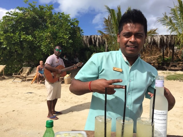 zilwa-attitude-island-cocktail-photo