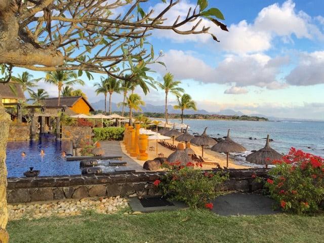 oberoi-mauritius-pool-photo