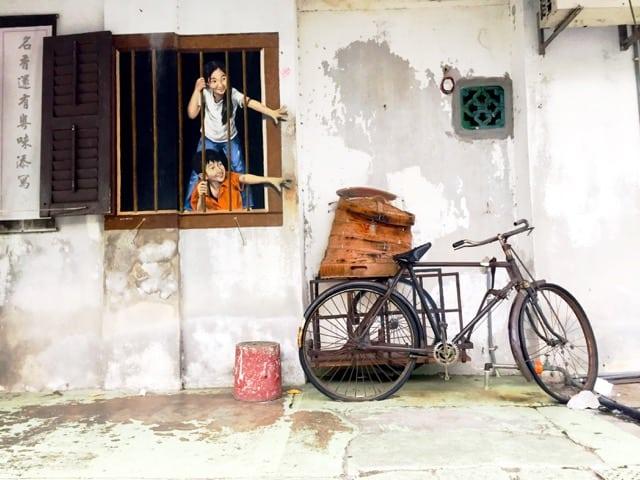 street-art-in-george-town-penang-photo
