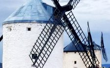 windmills-consuegra-photo