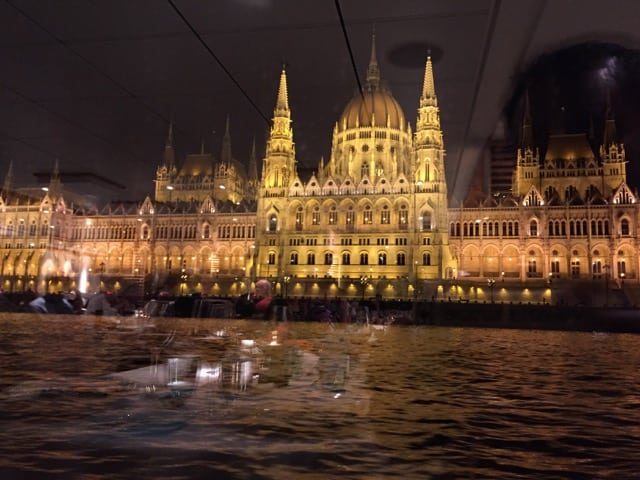 viking-river-cruise-budapest-photo