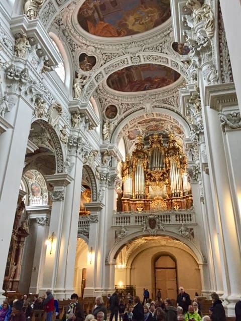 passau-cathedral-photo