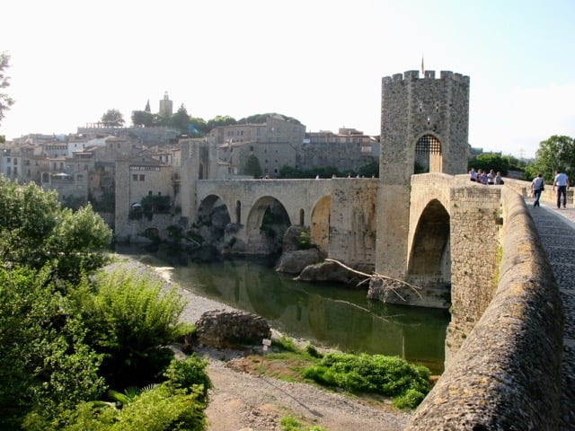 Besalu-catalunya-photo