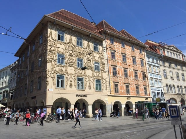historic-buildings-hauptplatz-graz-photo