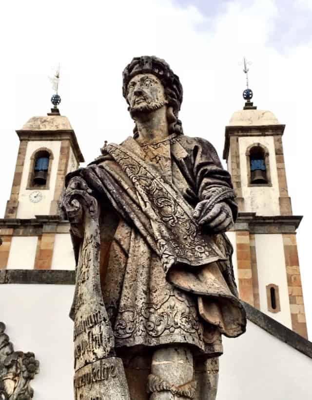statue-aleijadinho-congonhas-photo