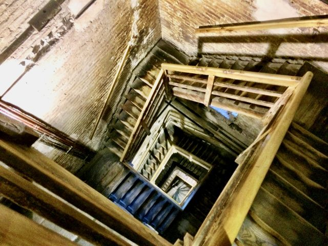 staircase-asinelli-tower-bologna-photo