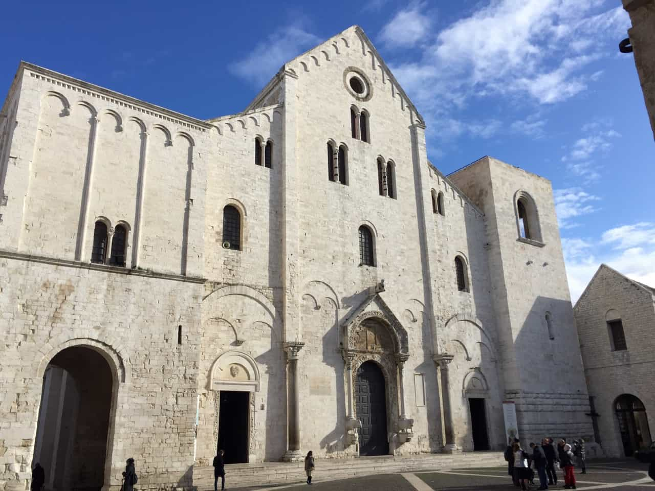basilica-st-nicholas-bari-photo