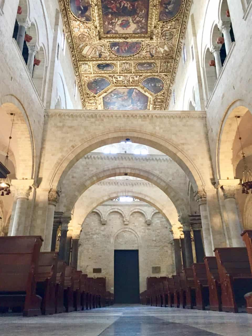 basilica-saint-nicholas-bari-interior-photo