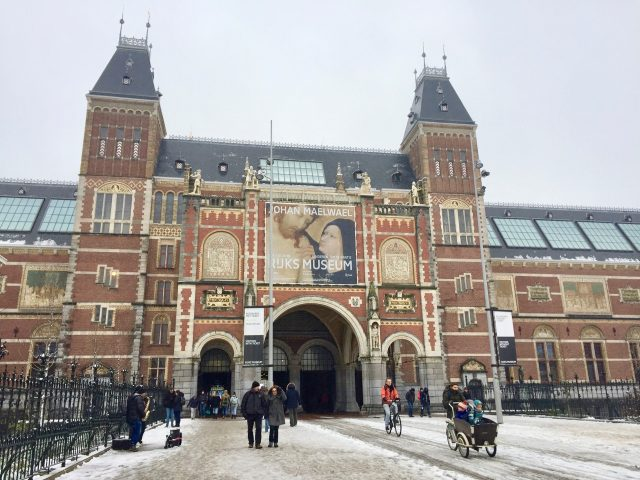 rijksmuseum-amsterdam-snow-photo
