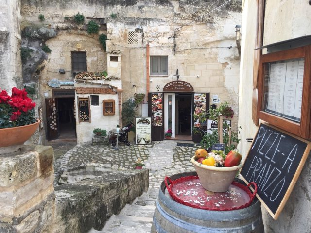 cave-restaurants-matera-photo