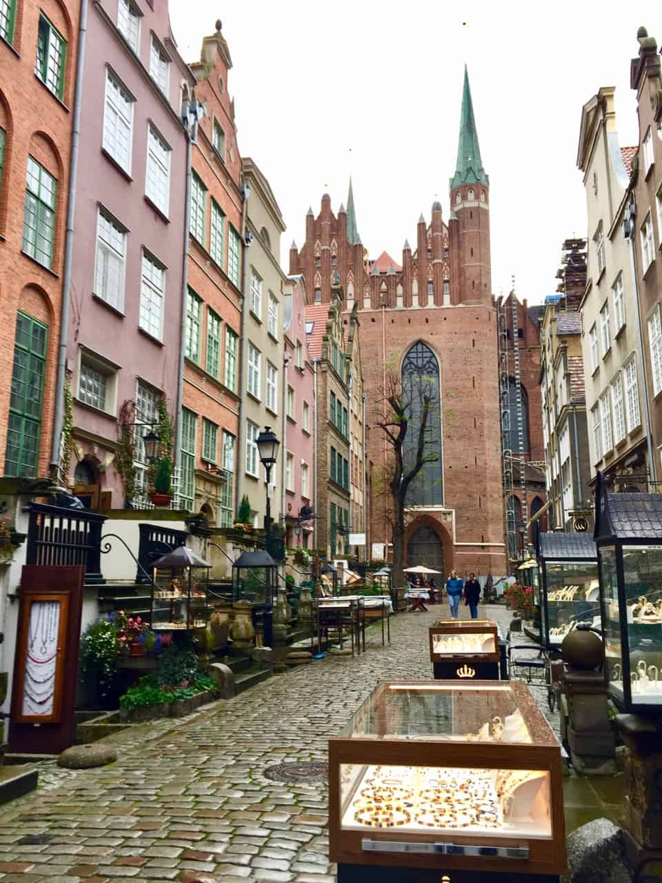 mariacka-street-gdansk-photo