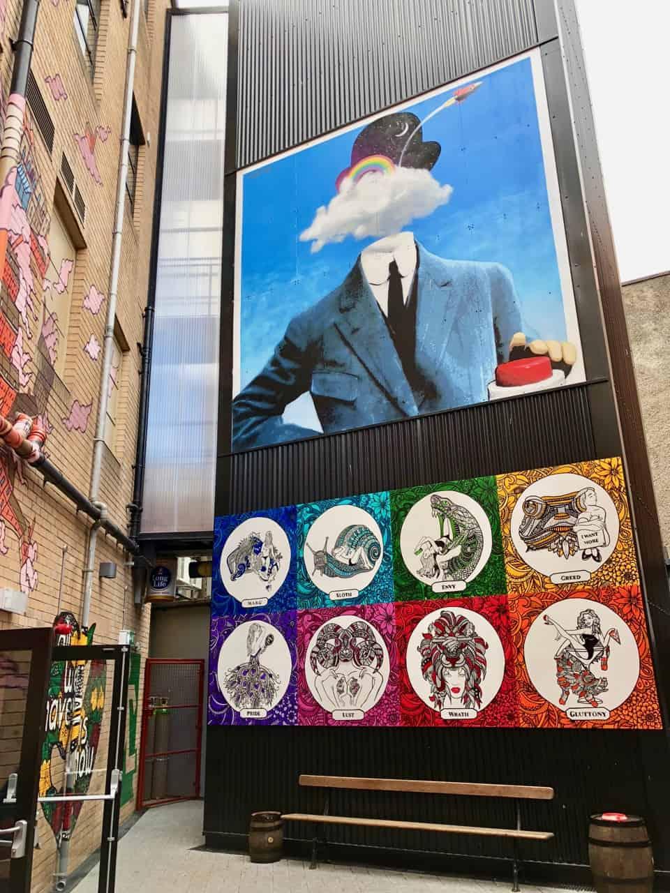 street-art-belfast-harp-photo