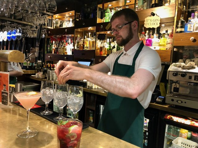 muriels-cafe-belfast-cocktail-photo